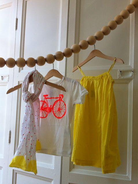 Hanger manufacturers  coupling between closets and Hangers