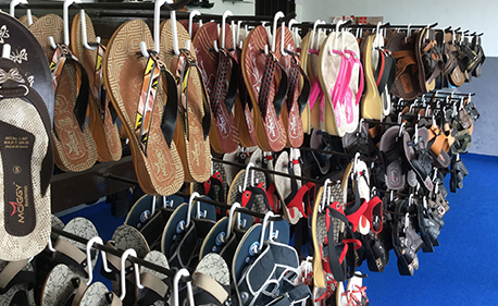 Manufactuers of Foot Wear Hangers From Tirupur, Karur and Coimbatore Cities